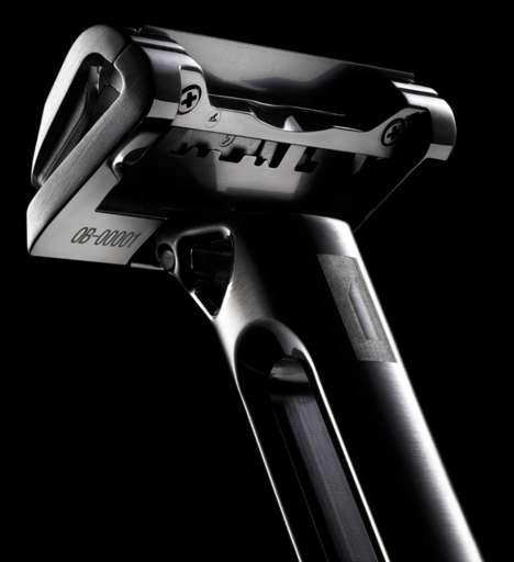 Opulent Limited-Edition Razors - This $300 Stainless Steel Razor Has a Platinum-Coated Feather Blade