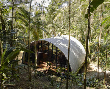 Curved Sustainable Housing