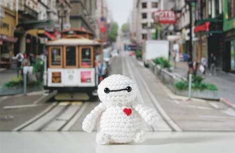 Crochet Disney Characters - This Artist Crocheted Disney Characters & Left Them Around the City