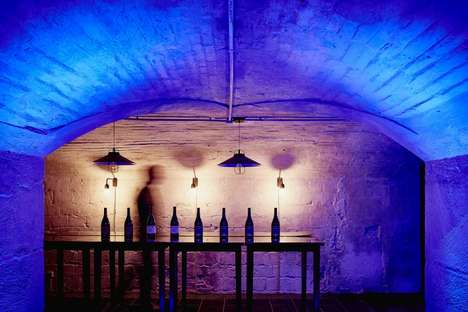 Digital Wine Club Showrooms - Club Francais Du Vin Launched Its First 'Store-to-Web' Concept