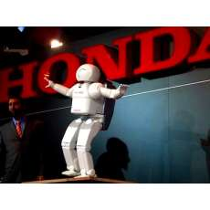 Honda's Asimo revealed at CES