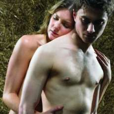 Harry Potter (Daniel Radcliffe) Sexifies his Image