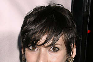 Winona Ryder Pulls a Victoria Beckham