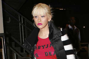 Christina Aguilera Reduces Home by $1 Million to Prep for AMA