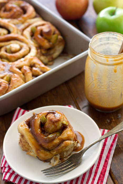 Caramel Apple Cinnamon Rolls - This Hybrid Dessert Combines Sweet Apples with Fluffy Pastry