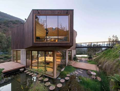 Abstract Eco-Friendly Homes - This Vacation Home is Integrated into a Protected Nature Reserve