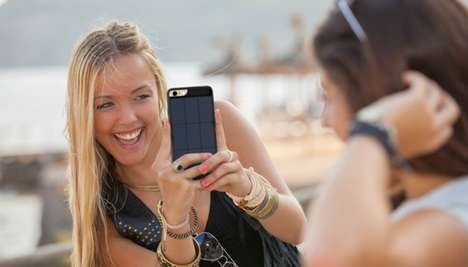Solar Panel Smartphone Shields - The JUS iPhone Solar Battery Case Provides Additional Charges