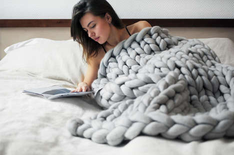 Oversized Stitched Blankets - The Cozy Ohhio Throw Blanket is Made from a Three Inch Knitting Weave