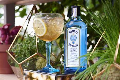 Botanical Gin Experiences - This Bombay Sapphire Gin Workshop Features Custom Cocktails