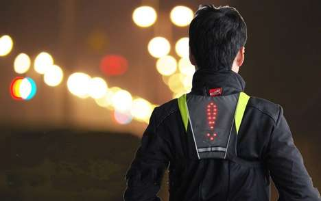 Cyclist Signal Clothing - The Cyclist Turning Signal BIKEMAN Vest Enables Non-Verbal Communication