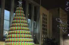 Potato Chip Tannenbaums - Pringles Created a Food Christmas Tree from Festively Colored Cans