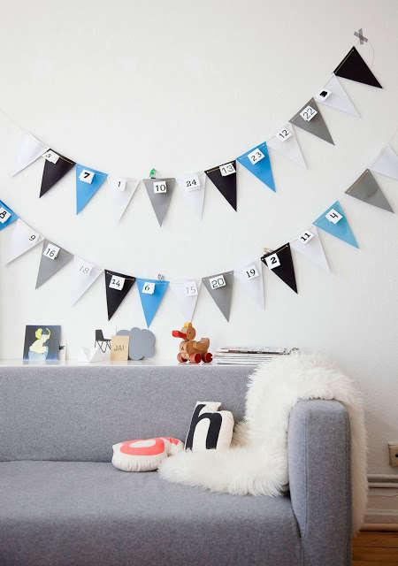 DIY Advent Calendar Bunting - This Homemade Advent Calendar Garland is Festive and Celebratory