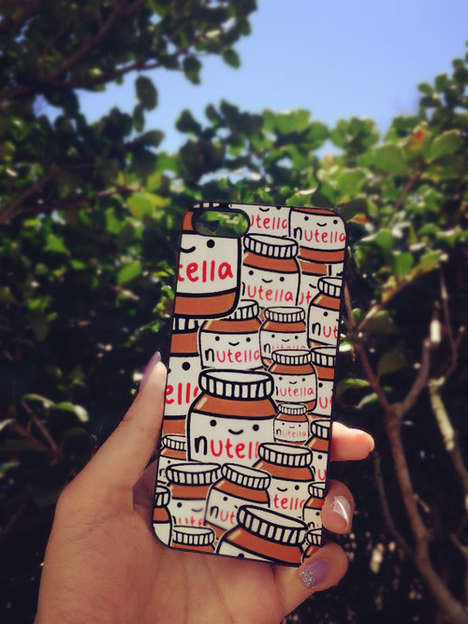 Cute Chocolate Spread Covers - This Adorable Nutella Phone Case Fits a Variety of Apple Devices