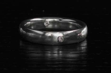 DNA-Infused Wedding Bands - These Unique Wedding Rings Contain Human DNA