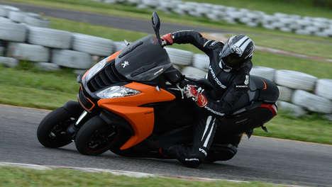 Speedy Urban Motorcycles - The Peugeot 'Metropolis' Sport Three-Wheel Vehicle is Road-Ready