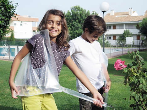 Waste Water Bags - The 'WaterDrop' Captures Wasted Water as Your Wait for the Water to Heat Up