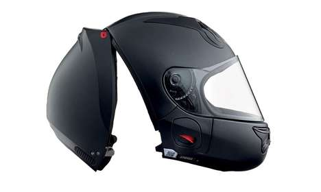 Rear-Loading Helmets - The 'Vozz' Motorcycle Helmet Design Provides Exceptional Protection