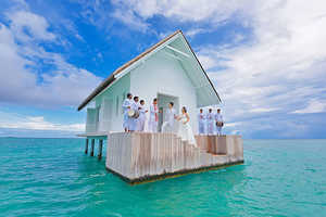 The Four Seasons Resort Maldives Provides Secluded Ceremony Options