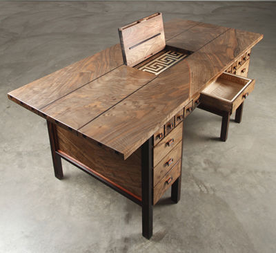 Puzzle-Incorporated Desks