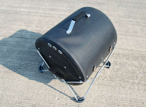 Collapsible Backpack Barbecues - The GoBQ Grill is Designed for Outdoorsy Foodies and Urban Dwellers