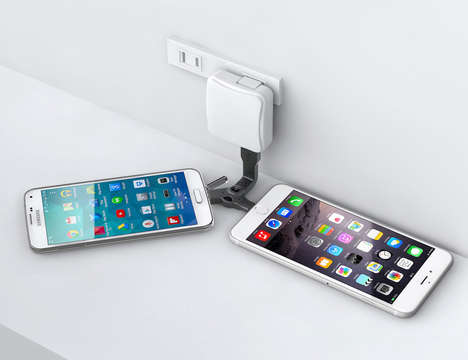 USB-Splicing Keychains - The 'DuoKeyCharge' Can Charge Two Devices at Once in a Compact Design
