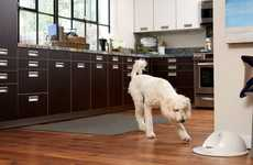 Canine Entertainment Units - The 'CleverPet Hub' is Currently on Display at CES 2016