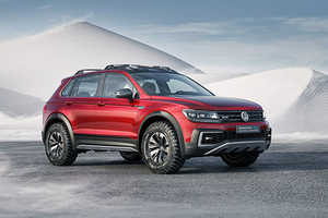 The Volkswagen Tiguan GTE Active Concept is a Powerful Off-Road SUV