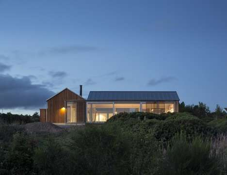 Simple Glass Homes - House at Mols Hills is a Countryside Abode with a Contemporary Twist
