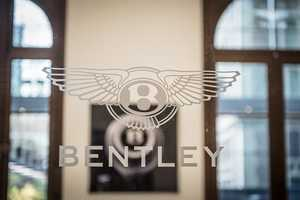 This Bentley Digital Experience Took Over an Amsterdam Hotel