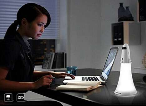 Dual-Purpose Desk Lamps - The Spaceship Flashlight Lamp Can be Used in a Variety of Scenarios
