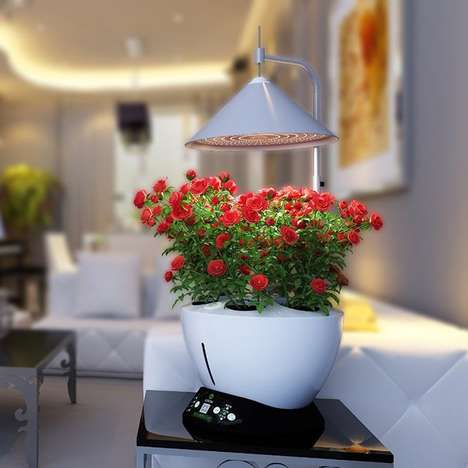 Indoor Hydroponic Gardens - The iGrow Allows Urban Dwellers to Grow Plants Without Outdoor Space