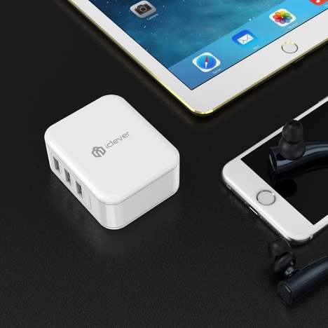 Device-Detecting Chargers - The iClever 'BoostCube' Travel Wall Charger Optimizes for Fast Charging