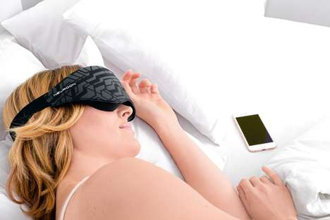 Insomnia-Curing Masks - The Neuroon Sleep Therapy Mask Decreases Sleeplessness and Jet Lag
