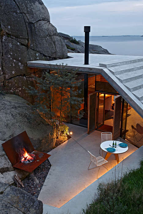 Slopping Cliffside Homes - This Home's Unique Design Protects Against Extreme Weather Conditions