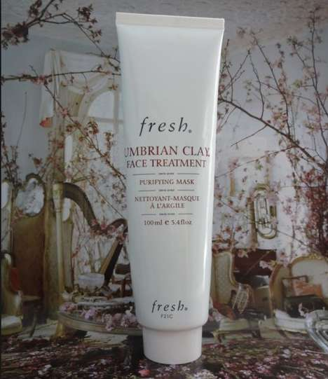 Umbrian Clay Refining Masks - The Fresh Umbrian Clay Mattifying Mask Minimalizes Pores
