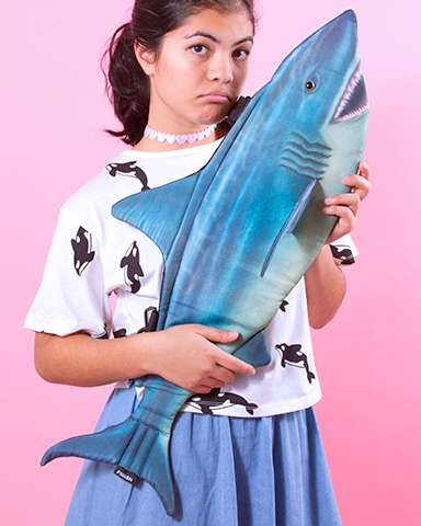 Aquatic Bag Collections - INU INU's Dolphin and Shark Bags are Seapunk-Inspired