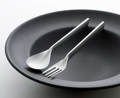 Molecular Gastronomy Cutlery - The DUNE Flatware Set by Andrea Ponti Focuses on the Future of Food