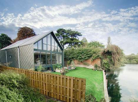 Flood-Resistant Amphibious Abodes - This Amphibious Home Floats on Britain's Thames River