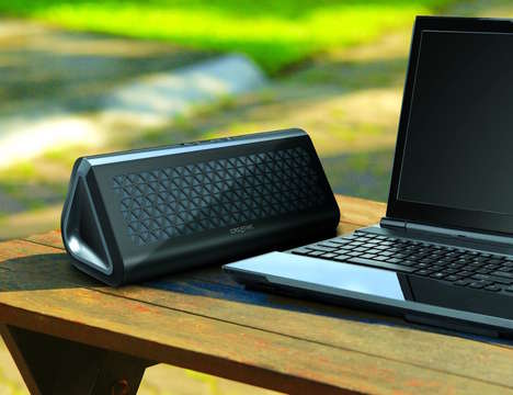 Next-Gen Wireless Speakers - The Creative Airwave Bluetooth NFC Speaker Enables Enhanced Listening