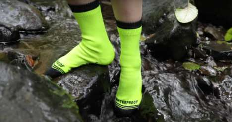 Waterproof Outdoor Socks - The Crosspoint Waterproof Socks Are Constructed Out of Three Layers
