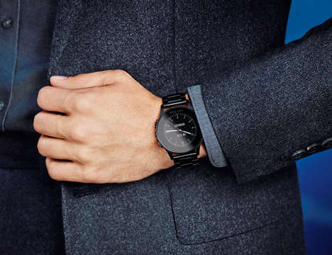 Classically Designed Smartwatches - The Vector Luna Smartwatch Packs an Impressive Battery