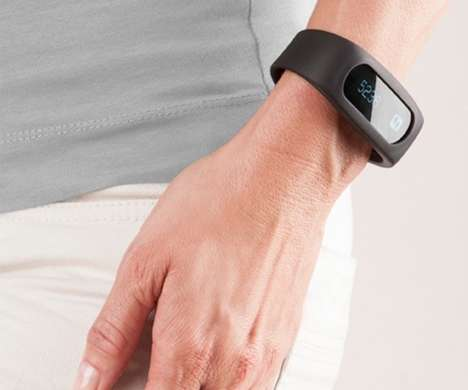 Goal-Oriented Wearables - The Mobile Power MP-Band Fitness Tracker Keepers Wearers on Track