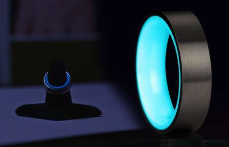 Illuminating Carbon Fiber Rings - The Lumus Ring Uses Laser Luminance Technology to Glow in the Dark