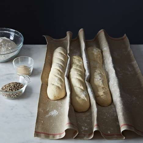 European-Style Bread Baking Sets - This European Bread Set Comes with a Cloth for Making Baguettes