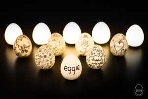 This Handheld Lamp Called 'Eggie' is Water Resistant and Rechargeable