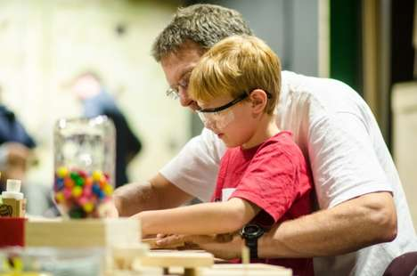 Hands-On Museum Workshops - The Maker Club Teaches Children and Parents to Work with Their Hands
