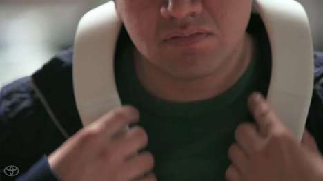 Wearable Navigation Devices - This Horseshoe-Shaped Gadget Helps Visually Impaired People Get Around