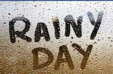 Rainy Day Dessert Promotions - This Frozen Yogurt Shop Offers Discounts on Rainy Days