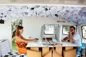 The Studio1-6 Puts Together an Office on Wheels for Remote Working
