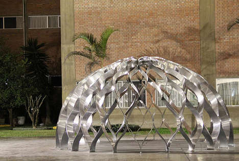 Post-Disaster Igloo Housing - La Matriz Provides a Portable Temporary Shelter for Stranded Consumers